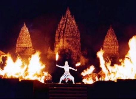 scene from ramayana - lanka thaganam