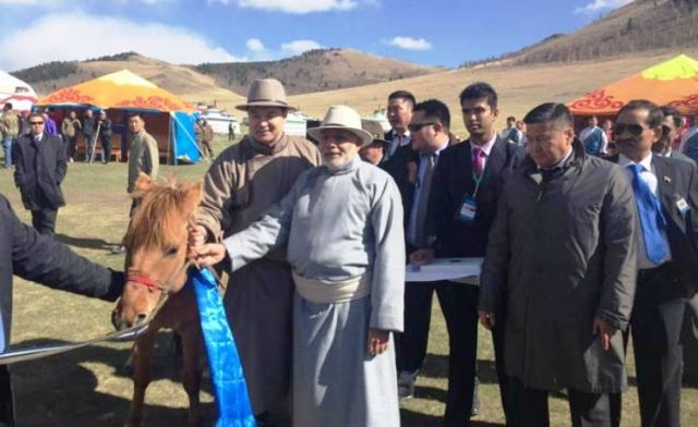 modiji with horse in mangolia