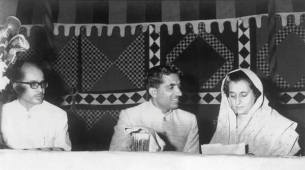 lkadvani -left end - 1967