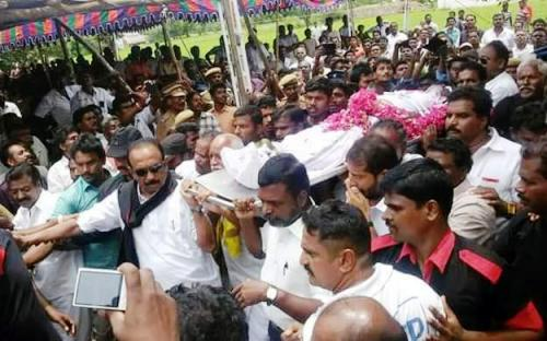 vaiko with sasi perumal body