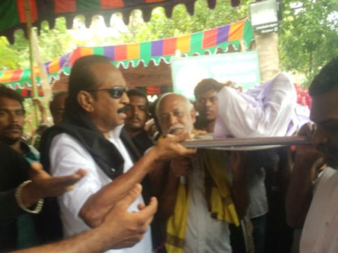 vaiko with -sasi-perumal-body