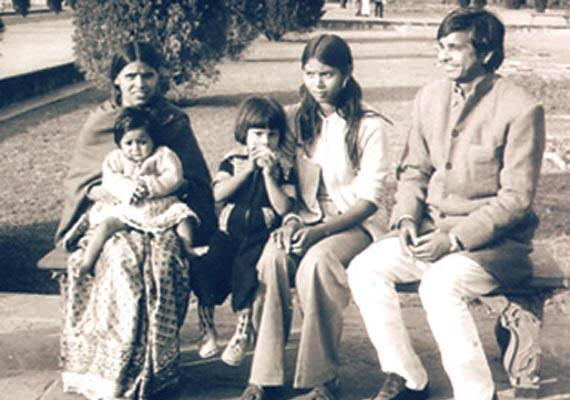 1982- lalu with family