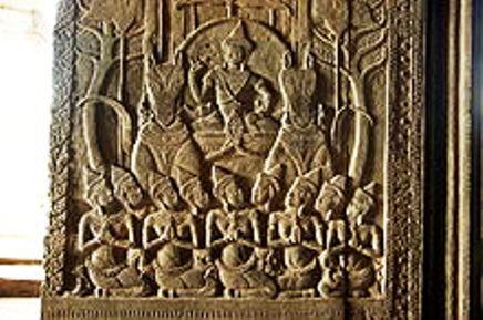 Angkor_Wat_reliefs_(Sept2009h)