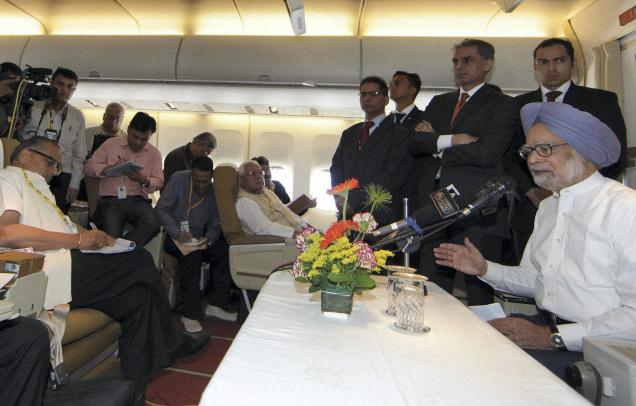 pm meeting media while on travel