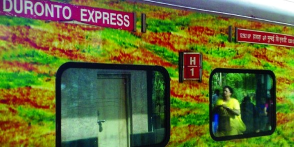 duronto-express-trains-690x377