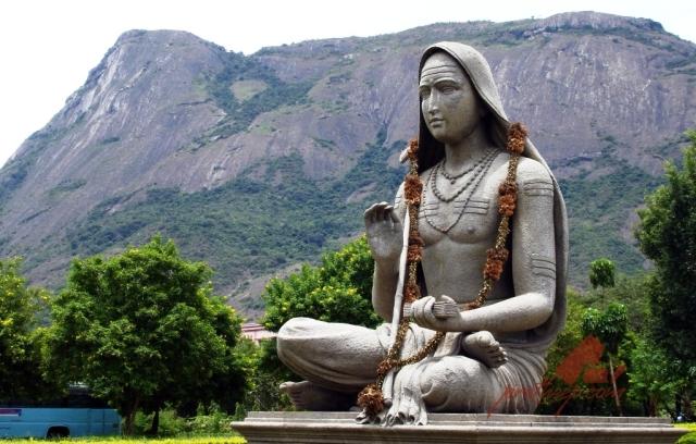 shankaracharya-statue